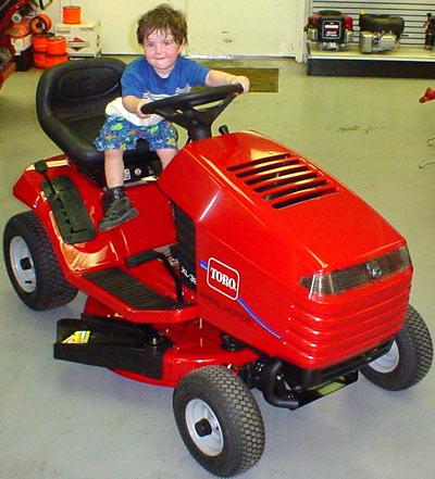 Vermont Toro Xl320 32 Inch Cut Gear Drive Lawn Tractor